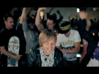 David Guetta & Chris Willis ft. Fergi & LMFAO - Gettin over you